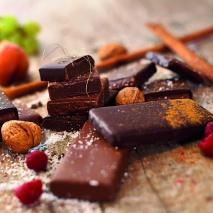 BIO-Milchschokolade gefüllt mit 70% Heidelbeer-Ganache 70g